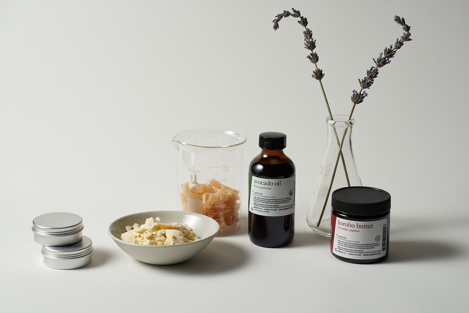 How to become an essential oil specialist